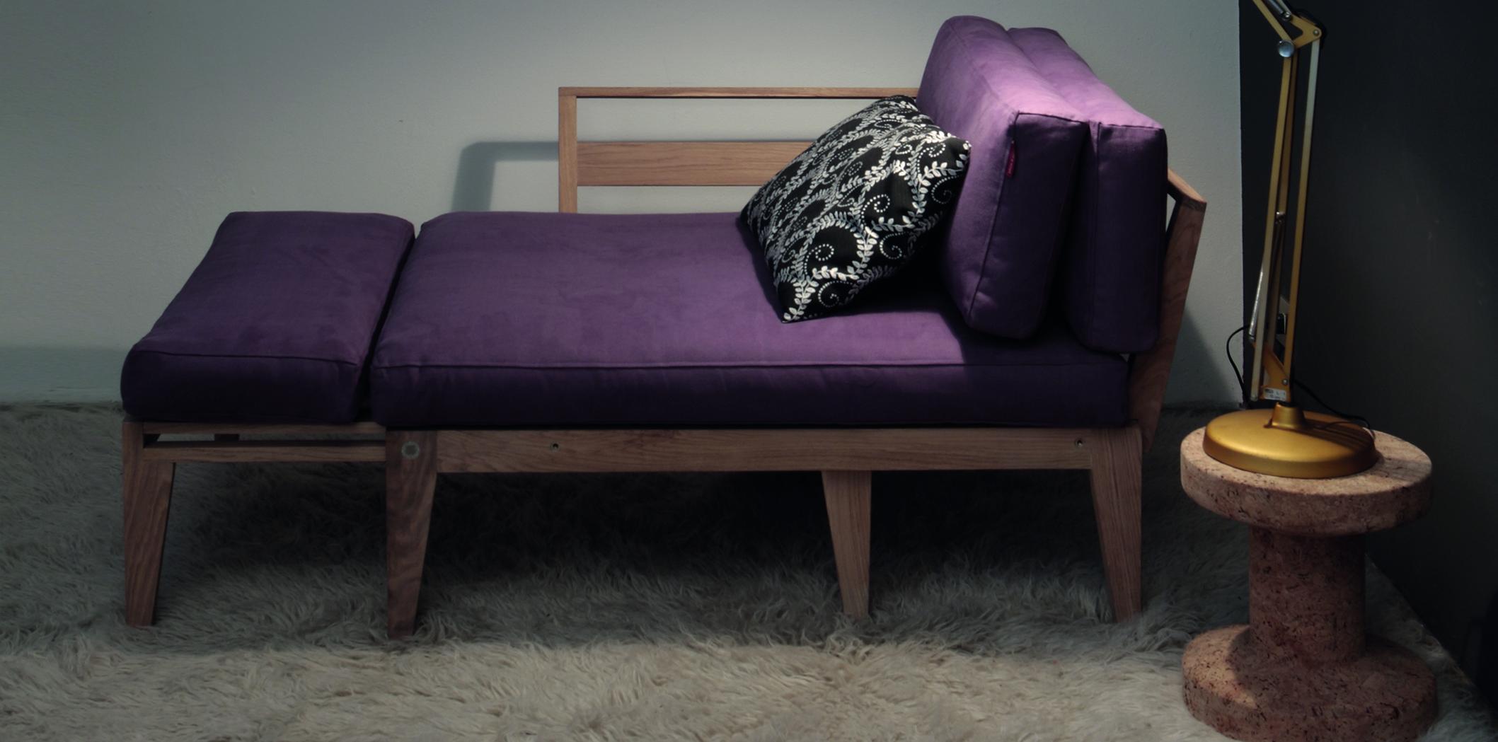 Eclettica viola semi aperta