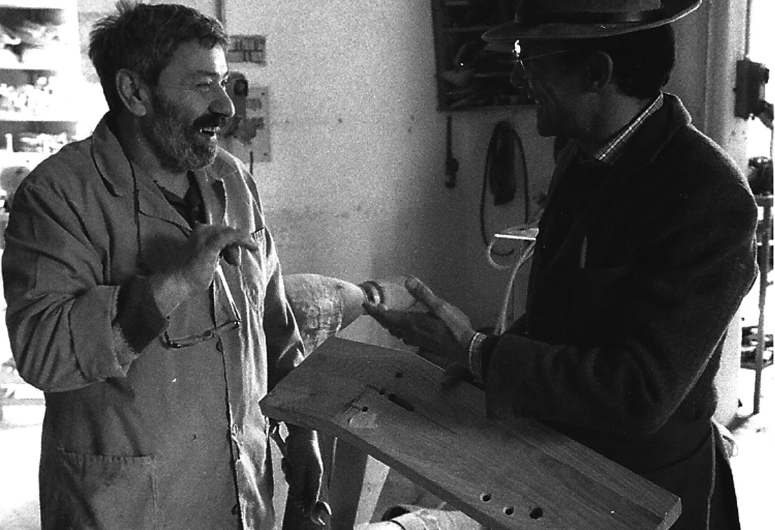 Il sodalizio con Luigi il falegname e la nascita del primo prototipo.