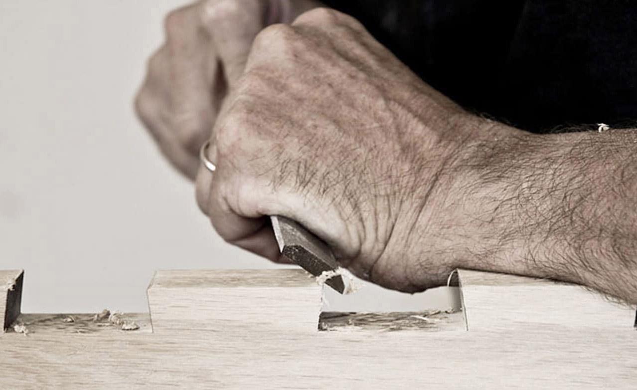 Tutti i nostri mobili sono fatti in legno massello. -  Luigi vuole così -